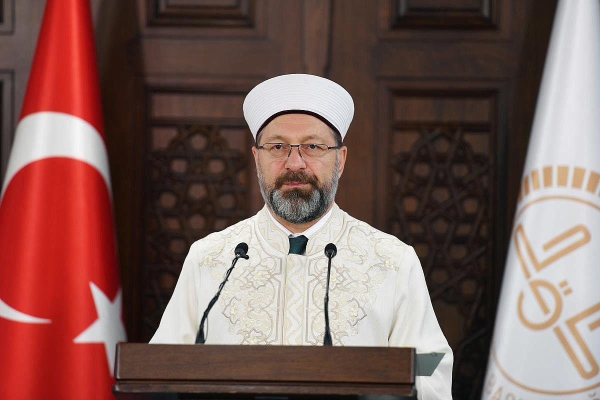 Prof.Dr. Ali Erbaş ; Gayrimeşru ilişkileri özendiren medya aile hayatını tahrip etmektedir