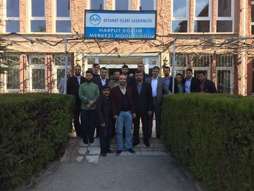 Elazig Eğitim Merkezinde 4/b sözleşmeli personel için düzenlenen mesleğe hazırlık kursu sona erdi. 13.04.2018