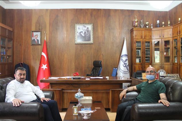 Amasya'da Iş Adamı Davut Gün Il Müftümüzü Ziyaret Etti