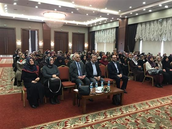 Malatya'da 04-06 Yaş Grubu Kur'an Kursu öğreticilerine Eğitim Semineri