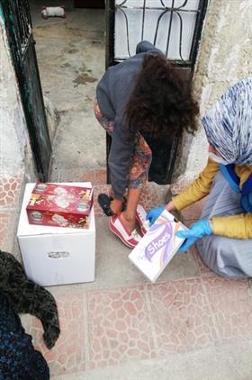 Kilis'de 300 Adet Gıda Kolisi Ihtiyaç Sahiplerine Ulaştırıldı