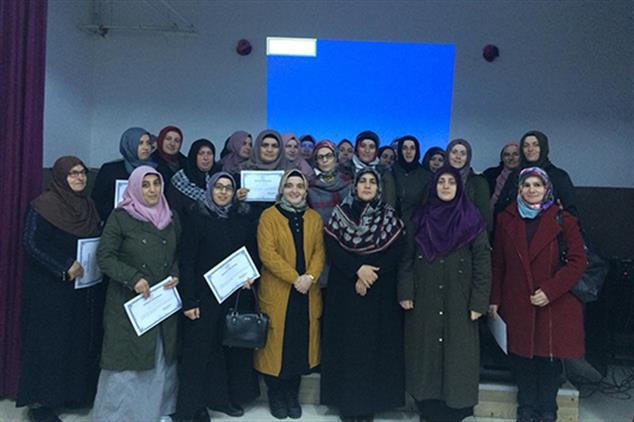 Rize'de Aile Büromuzdan Fındıklı Imam Hatip Lisesinde Eğitim Seminerleri