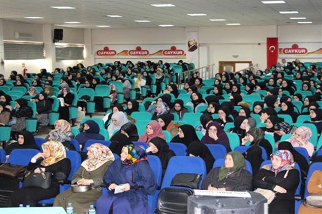 """Rize'de Aile Ve Dini Rehberlik Bürosu'ndan """"kadınlar Günü Programı"""""""