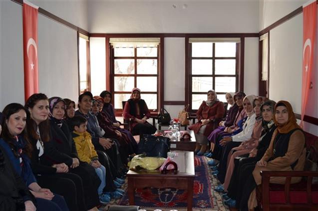 Malatya'da Aile Ve Dini Rehberlik Merkezinde Huzur Dersleri