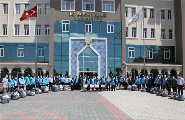 Bursa'da Arife çiçekleri çocuk Sevindirme Projesi