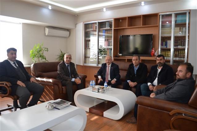 Malatya'da Battalgazi Belediye Başkanı Il Müftümüzü Ziyaret Etti