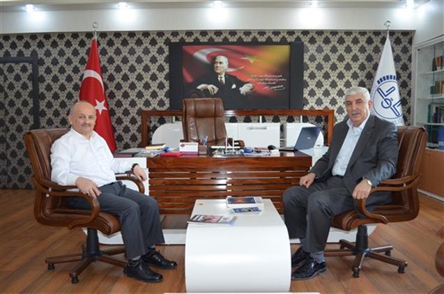 Birlik Vakfı Malatya şube Başkanından Il Müftümüze Hayırlı Olsun Ziyareti