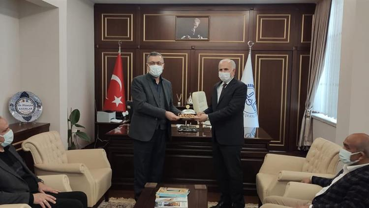 Gaziantep'de Bülbülzade Vakfı Yönetiminden Müftülüğümüze Ziyaret