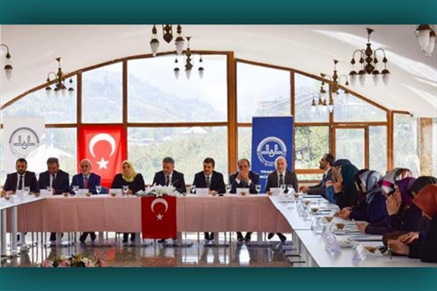 Rize'de Bölgesel Aile Ve Dini Reh.büroları Istişare Toplantısı Trabzon'da Düzenlendi