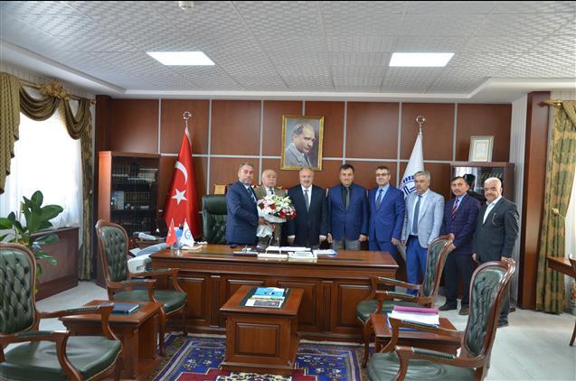 Nevşehir'de Camiler Ve Din Görevlileri Haftası Dolayısıyla Müftü öztürk'e Ziyaret