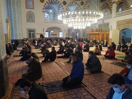 Sivas'ta Camilerde Bayram Sevinci Yaşandı