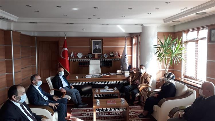 Bolu'da Dib Din Hizmetleri Genel Müdürü Bünyamin Albayrak Il Müftülüğümüzü Ziyaret Etti.