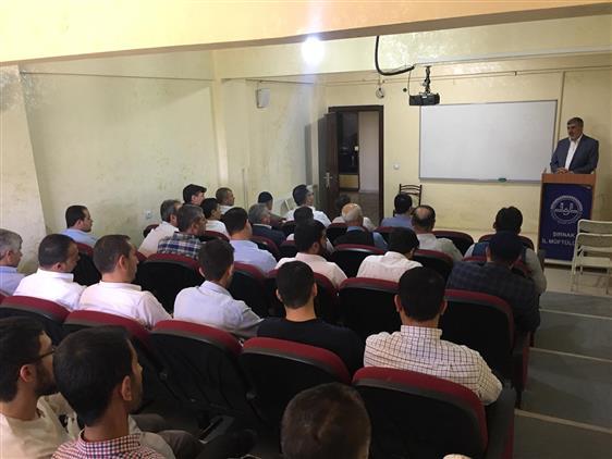 Şırnak'de Din Görevlilerine15 Temmuz Din Istismarı Konferansı Verildi