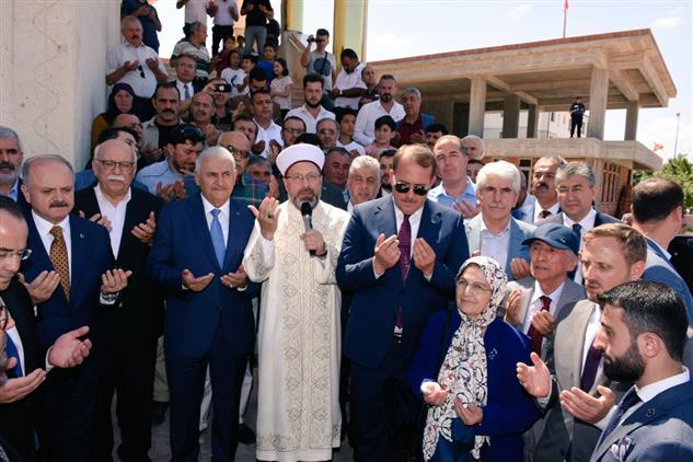 Eskisehir'de Diyanet Işleri Başkanı Ali Erbaş Hacı Selim üçler Caminin Açılışını Gerçekleştirdi