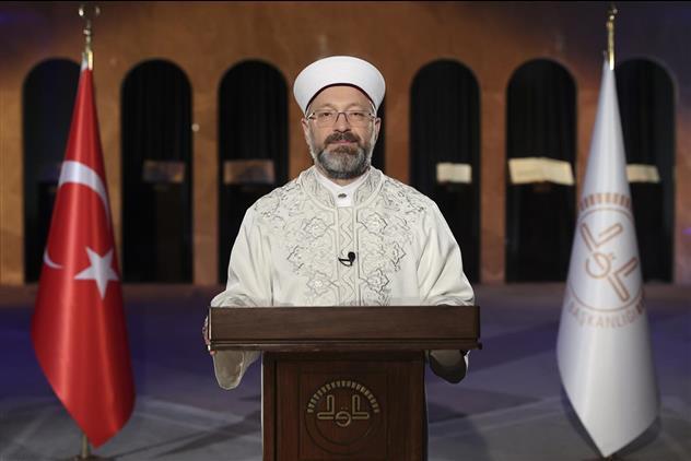 Kırsehir'de Diyanet Işleri Başkanı Erbaş'tan Regaib Gecesi Mesajı