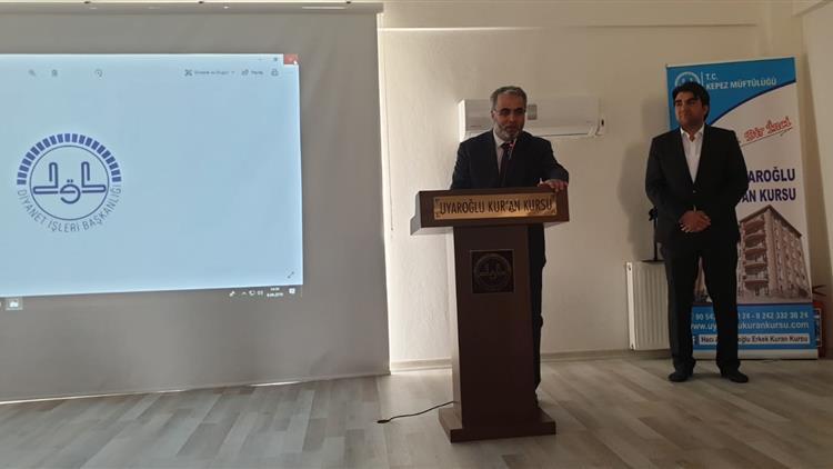 """Antalya'da Diyanet Işleri Başkan Yardımcısı Işliyen """" Gençlerimize Rol Model Olmalıyız"""""""