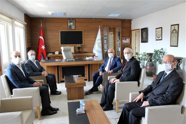 Bilecik'de Diyanet Işleri Başkan Yardımcısı Sayın Osman Tıraşçı Bilecik Il Müftülüğü Ve Kayıboyu 4-6 Yaş Gurubu Kur'an Kursuna Ziyaret Gerçekleştirdi.