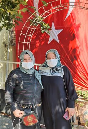 Çanakkale'de Idlip De şehit Olan Tuğgeneral Sezgin Erdoğan'ın Ailesi Ziyaret Edildi