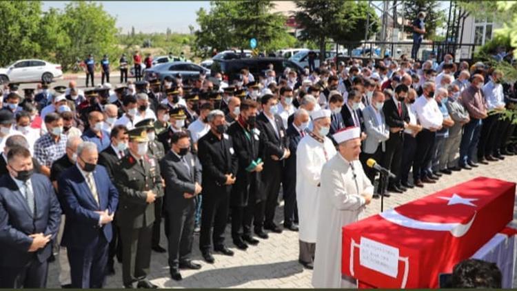 Afyonkarahisar'da şehid Yaşar Cinbaş çay Ilçesinde Toprağa Verildi.