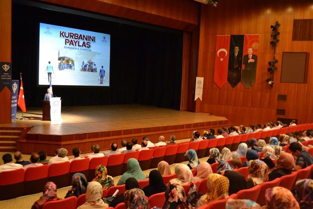 Eskişehir De Vekaletle Kurban Hizmetleri Toplantısı Dib Strateji Geliştirme Daire Başkanı Mahmut Türk'ün Katılımıyla Gerçekleştirildi.