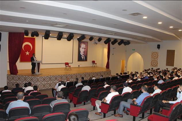 Osmaniye'de Eylül Ayı Mutat Personel Toplantısı Ahmet şekip Ersoy Kültür Merkezinde Yapıldı
