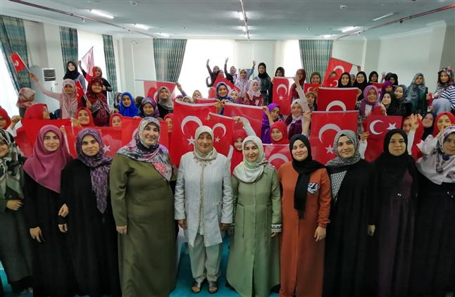 Antalya'da Fahriye Hatun Ve şükrullah Kur'an Kurslarında 15 Temmuz Programları Düzenlendi