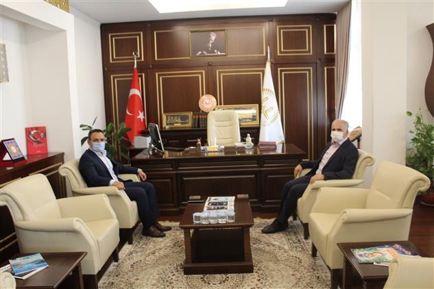 Gaziantep'de Göç Idaresi Müdüründen Müftülüğümüze Ziyaret