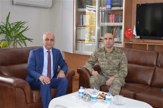 Malatya'da Garnizon Komutanı Tuğgeneral Hançeri Sayat Il Müftümüzü Ziyaret Etti - Malatya Müftülüğü - Diyanet Haberleri
