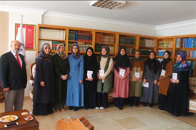 Osmaniye'de Gençlerden Müftülük Ziyareti