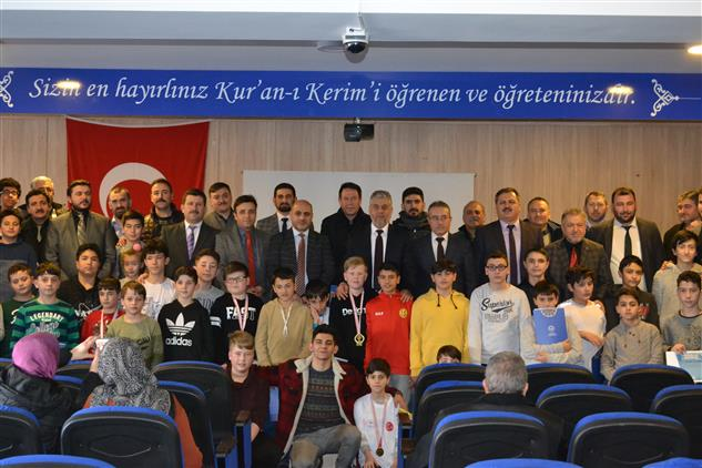 Eskisehir'de 'gençliğe Değer Ara Dönem Kış Kampı' Düzenlenen Kapanış Programıyla Sona Erdi