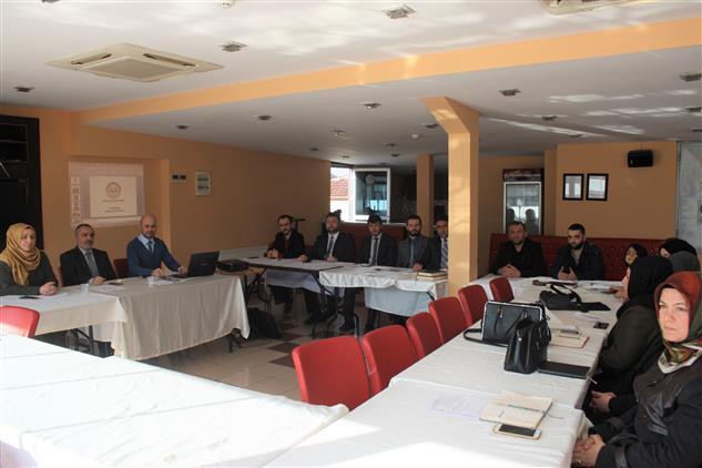 Duzce'de Gençlik Koordinatörleri Bilgilendirme Toplantısı.