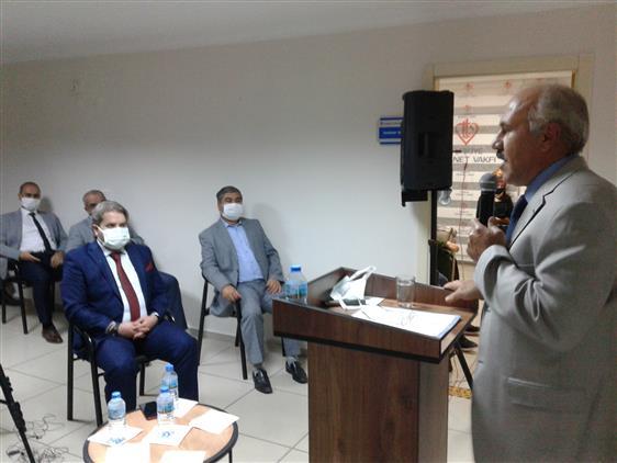 Manisa'da Gençlik Merkezinde Mevlüd'ü Nebi Konferansı