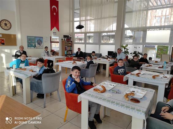 Cankiri'da Hafız Adayları Ile Kahvaltı Programı