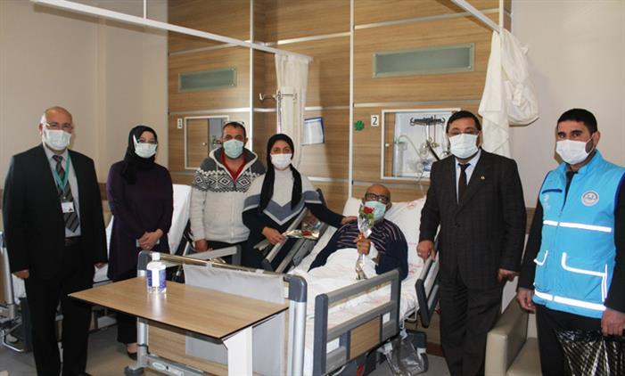 Kars'ta Hastalara 'vefa' Ziyareti
