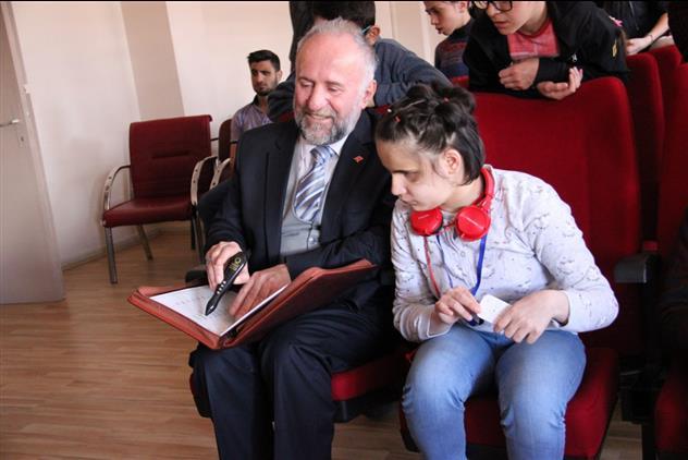 Erzurum'da Hediyem Kur'an Olsun Kampanyası Gözlere Ve Gönüllere ışık Olmaya Devam Ediyor