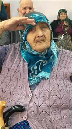 Bilecik'de Huzurevi Sakinlerinden Mehmetçiğe Selam