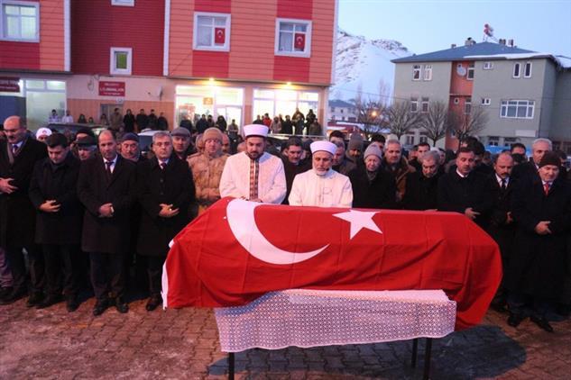 Agri'da ırkçı Saldırıda Vefat Eden Vatandaşlara Son Görev