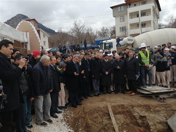 ısparta Mekke Eğitim Vakfının 3. Eğitim Binasının Temeli Törenle Atıldı