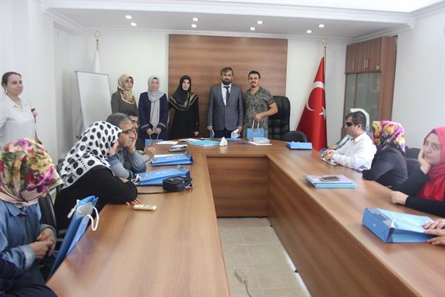 Mersin'de Işitme Ve Görme Engelli öğrencilerimize Yönelik Umre ödüllü Kur'an-ı Kerim Ve Dini Bilgiler Yarışması Yapıldı