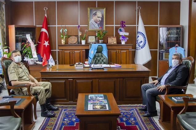 Nevşehir'de Jakem Komutanı J. Albay Ercan Altın'dan 'hayırlı Olsun' Ziyareti…