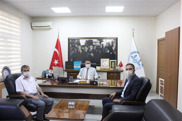 Kütahya'da Kanal 43 Genel Müdürü Bahtiyar Ersoy'dan Müftü Demirtaş'a Hayırlı Olsun Ziyareti