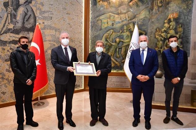 Gaziantep'de Karkamışlı Hayırsever Tarafından Ilçeye Yeni Cami