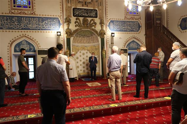 Kırklareli Halkı Hızırbey Cami'inde Bayramlaştı