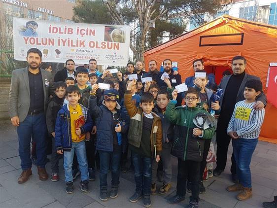 Siirt'te Küçük Ellerden Idlip'e Anlamlı Yardım