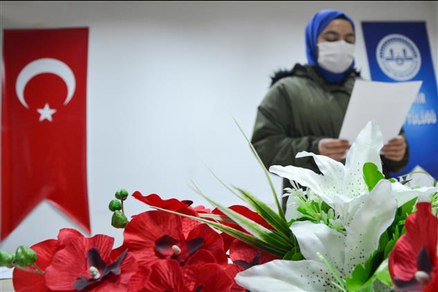 Nevşehir'de Kompozisyon Ve Resim Yarışmasında Dereceye Giren öğrencilerin ödülleri Takdim Edildi...