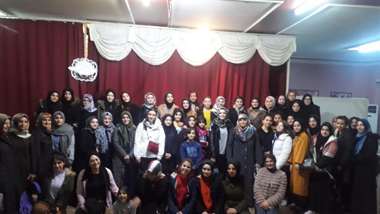 Duzce'de Kur'an Kursu öğrencilerin ''aynalı Baba'' Konulu Tiyatro Gösterisi