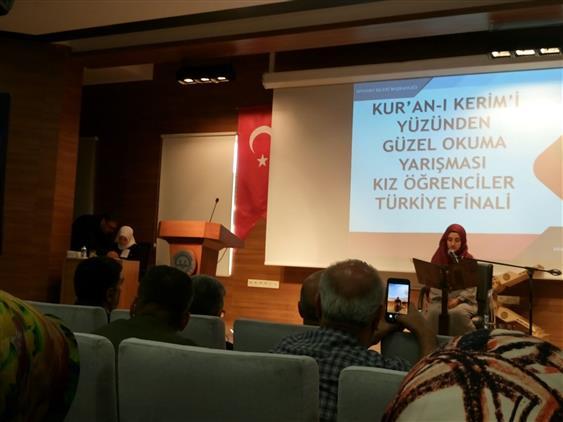 Rize'de Kur'an-ı Kerim'i Güzel Okuma Türkiye Finalinde Kur'an Kursu öğrencimiz üçüncü Oldu