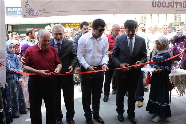 Erzincan'da Kur'an Kursları Yararına Hayır Pazarı Düzenlendi…