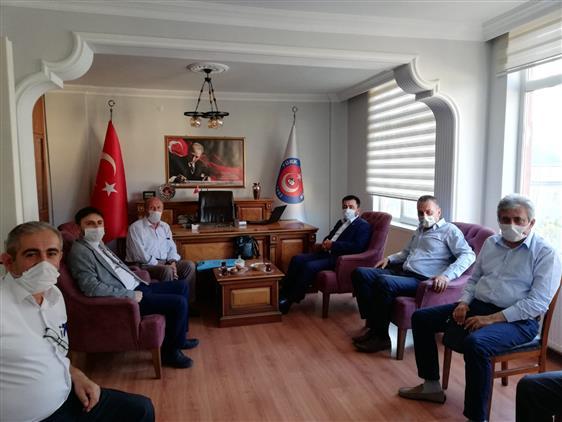 Amasya'da Il Müftümüz Durmuş Ayvaz Kamu-sen'e Iade-i Ziyarette Bulundu