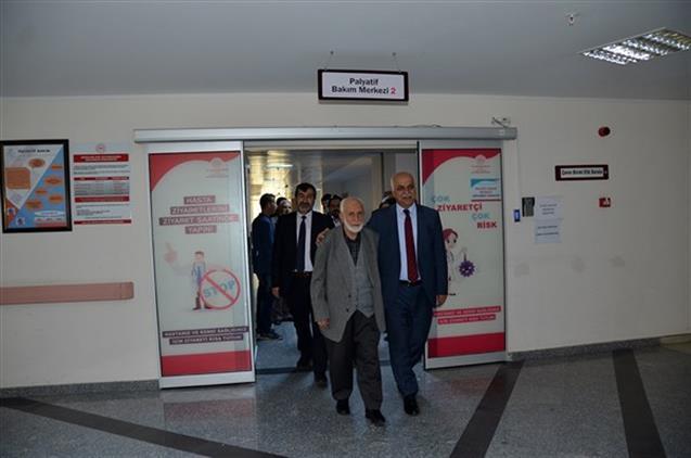 Malatya'da Il Müftümüz Eğitim Ve Araştırma Hastanesini Ziyaret Etti